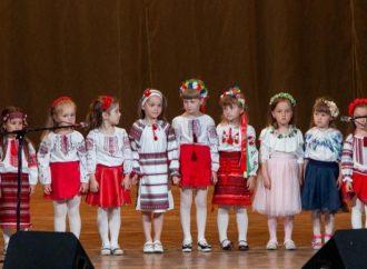 Таланти з Винник відзначені дипломами за І-ІІ місця на міському фестивалі-конкурсі «І слово, і пісня, матусю, тобі!»