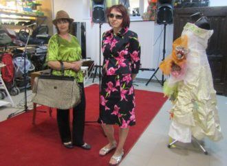 Благодійна крамничка «Емаус-Оселі» влаштувала «Модні мандри»