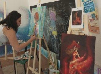Дорослі не тільки вчаться малювати, а й взялися за створення картин для виставок у власних домівках